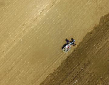 瀋陽入春以來降水量為16年來最少 專家現場指導抗旱播種