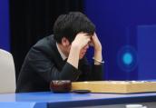"""柯洁三负阿尔法围棋!20手时聂卫平断定""""黑棋已经赢了"""""""