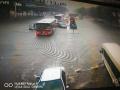 暴雨袭城!石家庄多处路段积水,开车的注意了
