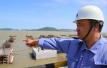 梅山码头建设者 争分夺秒筑大港 他们挥洒汗水的身影那么美