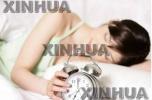 有些人为何喜欢开灯睡觉 有哪些危害呢?