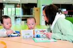 济南市图书馆超八成是中青年读者 中老年读者占比增大