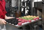 网红月饼背后复杂利益链:厂家供货以私房月饼名义朋友圈销售
