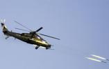 【组图】新疆军区某陆航旅跨昼夜展开多课目、多机型实装实弹演练